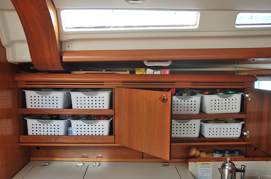 4a-Galley top storage