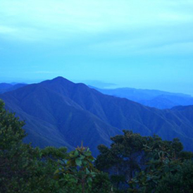 nostophobia.1191436020.blue-blue-mountains